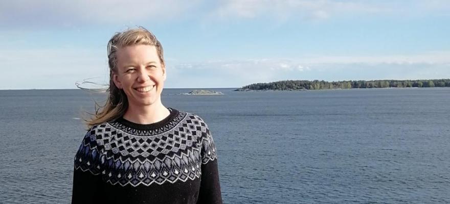 Bild på Irene, sjö i bakgrunden